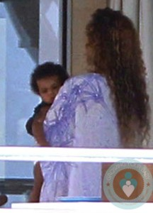 Beyonce with daughter Blue Ivy vacationing in the South of France