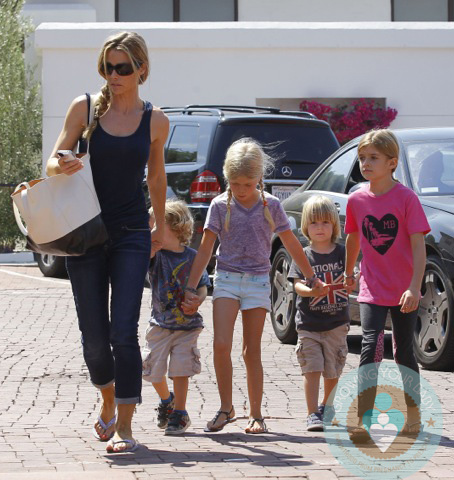 Denise Richards with daughters Lola and Sam Sheen, Bob and Sam Sheen
