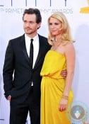 Hugh Dancy & a pregnant Claire Danes 64th Annual Primetime Emmy Awards