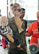 Kate Hudson and Bingham at the toronto airport