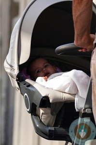 Mabel Willis out in NYC ~ Stokke Xplory