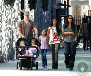 Matt Damon, Luciana Bozan Barroso, Alexia Barroso, Isabella Damon, Gia Zavala Damon, Stella Zavala Damon