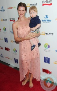 Sarah Lancaster with her son Oliver at Britax RED Carpet event