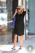 pregnant Reese Witherspoon out in LA