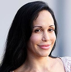 Nadya Suleman Checks Into Rehab