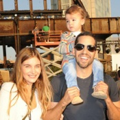 David Blaine Poses With His Family Before His Latest Challenge 'Electrified'