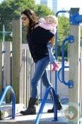 Bethenny Frankel piggybacks daughter Bryn Hoppy Park