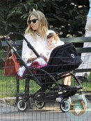 Sienna Miller in Central Park with daughter Marlowe