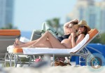 Pregnant Gisele Bundchen Shows Off Her Bikini Body On Miami Beach