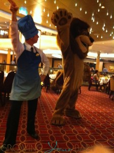 Allure of The Seas - Character Breakfast Alex The Lion dancing