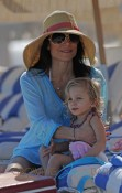 Bethenny Frankel takes baby Bryn out on the beach in Miami, Florida