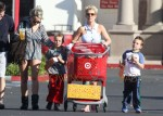 Britney & Jamie Lynn Spears Take Her Boys Shopping At Target