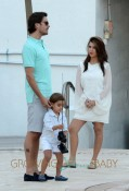 Kourtney Kardashian And Scott Disick Play With Mason At The Pool