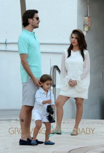 Kourtney Kardashian And Scott Disick Play With Mason At The Pool