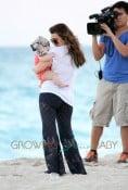 Kourtney Kardashian And Scott Disick Have a Beach Day With Mason and Penelope