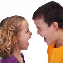 Study: Less Sibling Rivalry Offers Benefits to Both Children and Parents
