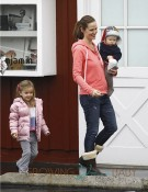 Jennifer Garner with kids Samuel & Seraphina Affleck in Brentwood