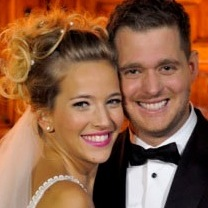 Michael Bublé and Wife Luisana Lopilato Expect Their First Child!