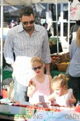 Ben Affleck spends his Sunday with daughters Violet and Seraphina as they pick up some fresh produce and flowers from a Los Angeles Farmer's Market