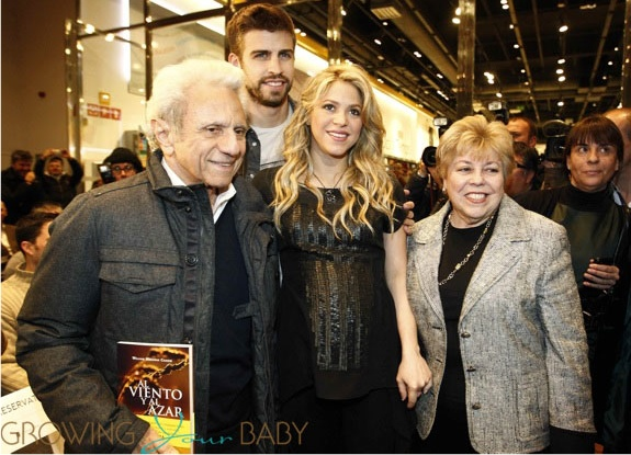 Pregnant Shakira & Gerard Pique, William Mebarak at book reading in Spain