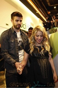 pregnant Shakira and Gerard Pique at book reading in Spain 11