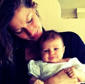 Gisele Bundchen Shows Off Baby Vivian!