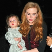 Ladies Night! Nicole Kidman and Daughter Dine in NYC