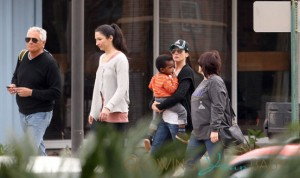 **EXCLUSIVE** Sandra Bullock and Camilla Alves McConaughey take their families for a day out at Audubon Zoo in New Orleans