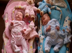 UKs Heaviest Twins Hannah & Thomas