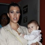 Kourtney Kardashian & Penelope Dine With The Family!