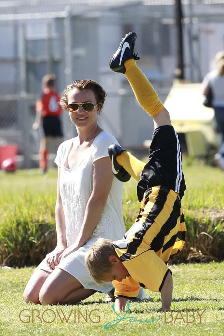06fa3820377 Britney Spears watches her sons Sean Preston and Jayden James play soccer  before changing into a