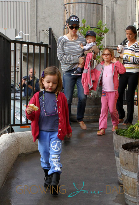 Jennifer Garner takes her kids, Violet, Seraphina and Sam, to an early breakfast in Santa Monica