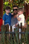 Ricky Martin, with sons Matteo & Valentino at the Taronga Zoo