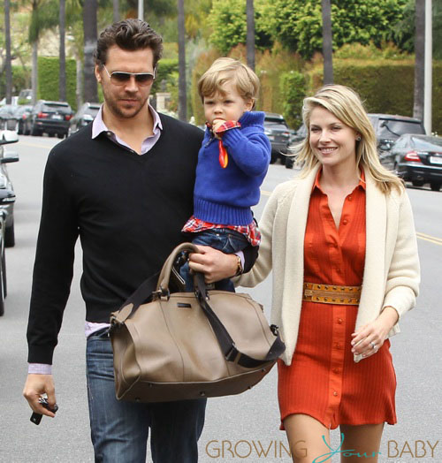 Family photo of the actress, married to Hayes MacArthur,  famous for Resident Evil: Afterlife & Crazy.
