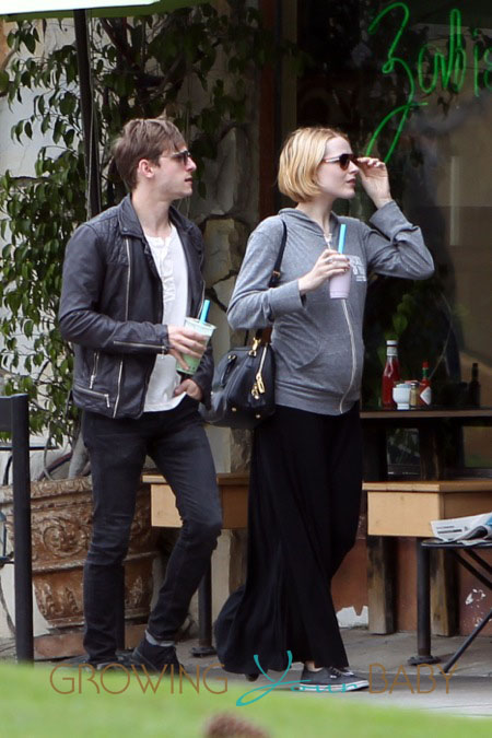 Pregnant Evan Rachel Wood with husband Jamie Bell