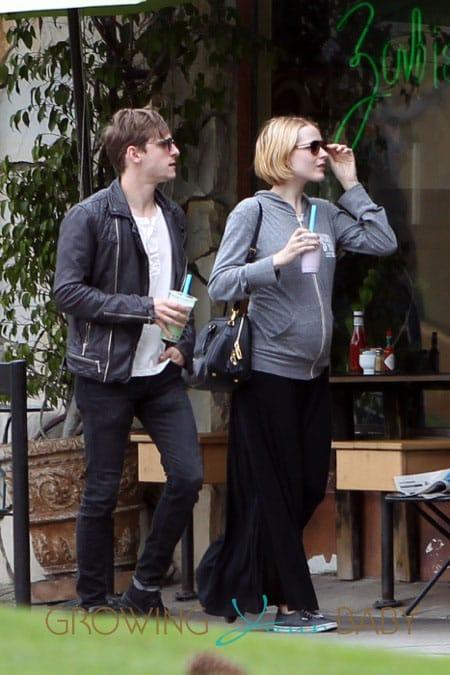 Pregnant Evan Rachel Wood with husband Jamie Bell
