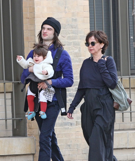 Tom Sturridge walks in New York with daughter Marlowe and his mum Phoebe