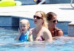 Julia Roberts and her three children, Hazel, Phinnaeus, and Henry enjoy their Hawaiian vacation