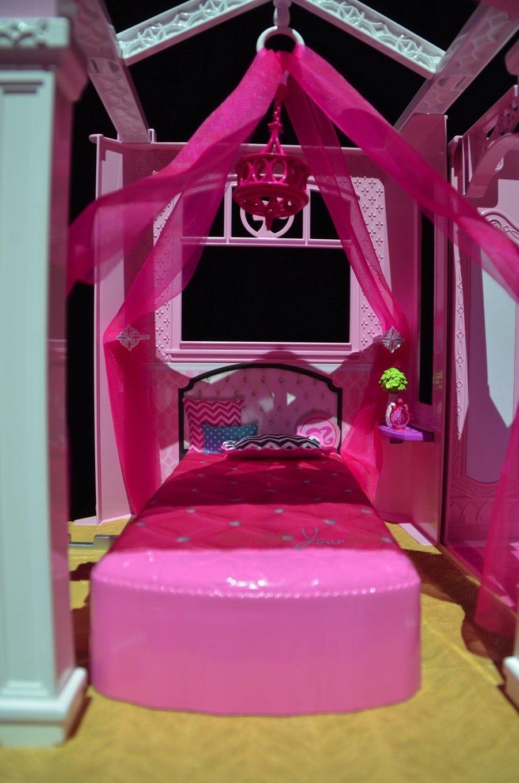 Barbie 2015 dream house barbie 39 s bedroom growing your for Barbie dream house bedroom