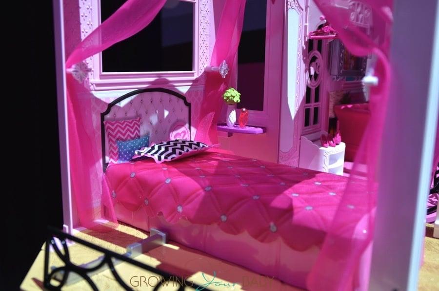 Barbie 2015 dream house barbie 39 s bedroom growing your baby for Barbie dream house bedroom