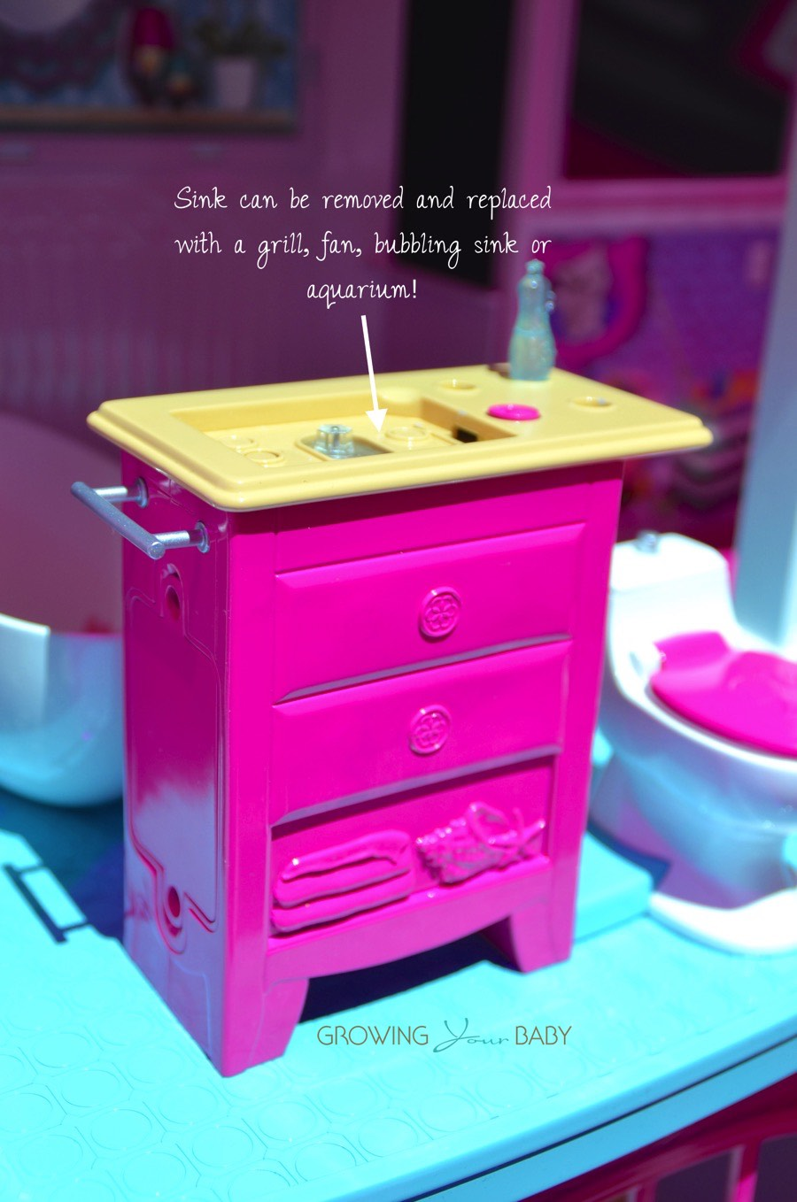 Barbie 2015 Dream house - bathroom vanity without sink - Growing Your Baby