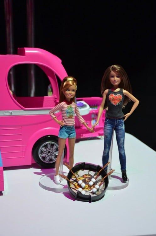 Barbie Pop-up Camper - sisters