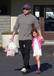 Ben Affleck at the farmer's market with daughter Seraphina