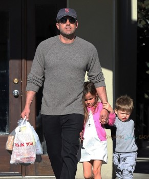 Ben Affleck at the farmer's market with kids Seraphina and Sam