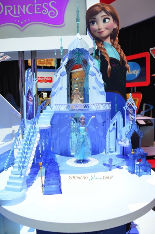 Disney's Frozen Ice Castle by Mattel 2015