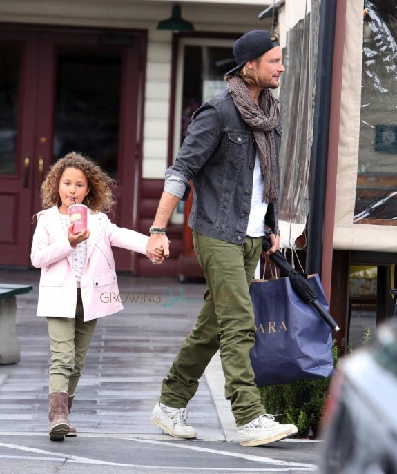 Gabriel Aubry and daughter Nahla seen after lunch at Short Order in Los Angeles