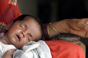 Indian Baby survives Railway Track Birth