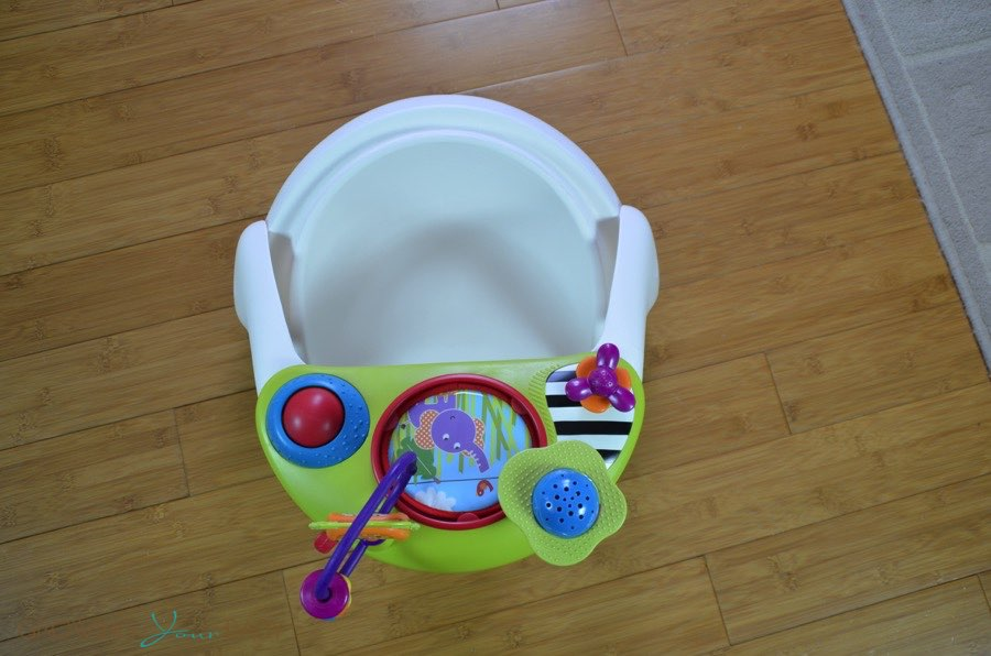 Mamas Papas Baby Snug Floor Seat W Activity Tray