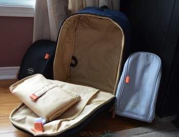 Pacapod Picos pack - feeder and changer pods, plus inside of bag