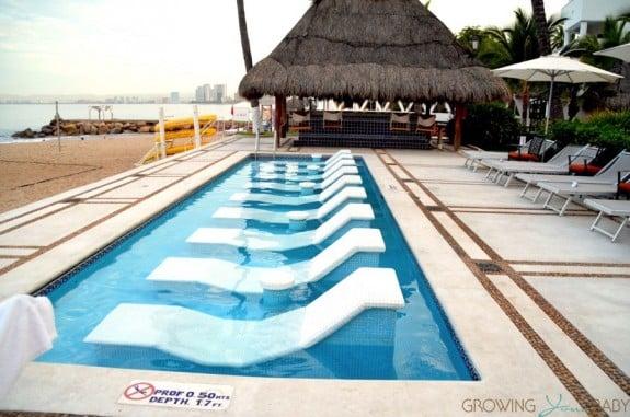 Buenaventura Grand Hotel and Spa - beach water chairs